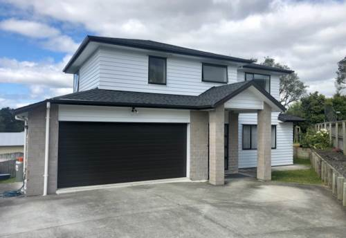 Massey, Large Modern Family home in Massey, Property ID: 15002077 | Barfoot & Thompson