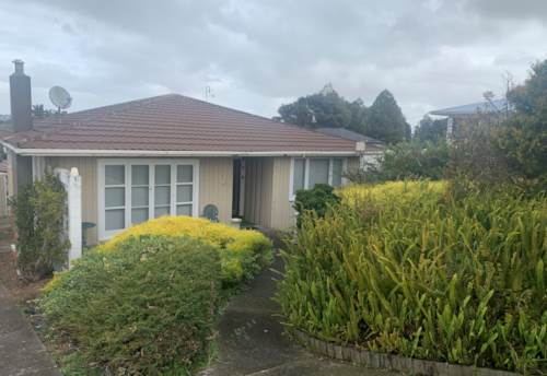 Glenfield, PET FRIENDLY 3 Bedroom Home , Property ID: 15002165 | Barfoot & Thompson