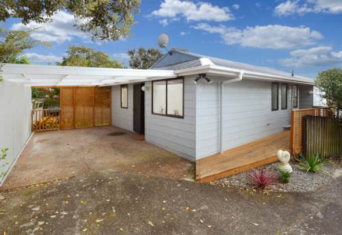 Hillcrest, 3 Bedrooms with Heat Pump In Hillcrest, Property ID: 15002206 | Barfoot & Thompson