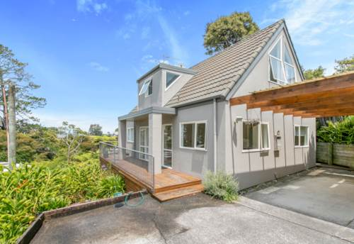 Bayview, Private Home in Bayview! , Property ID: 15002220 | Barfoot & Thompson
