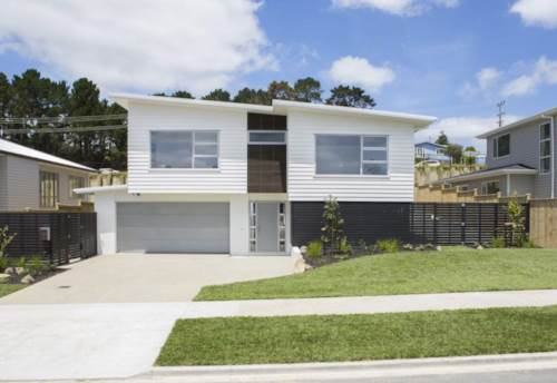 Silverdale, Simple Living Lifestyle wit heat pump In Silverdale/Millwater/Redbeach, Property ID: 15002233   Barfoot & Thompson