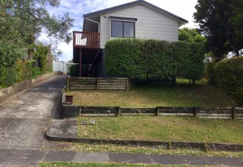 Glenfield, CAT FRIENDLY, Property ID: 15002258 | Barfoot & Thompson