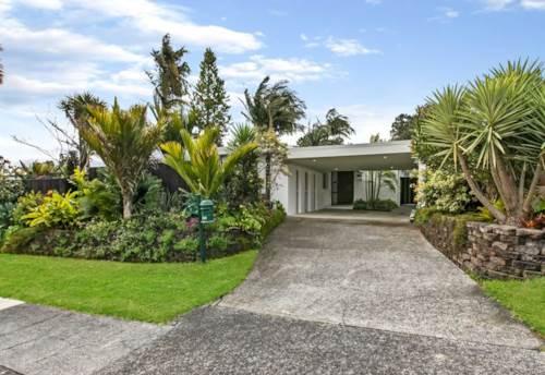 Beach Haven, Secret Beach Haven Entertainers Retreat! , Property ID: 15002286   Barfoot & Thompson
