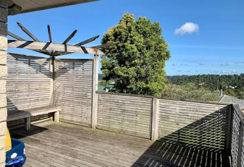 Glenfield,  TWO BEDROOM UNIT IN GLENFIELD WITH A GARAGE!, Property ID: 15002297 | Barfoot & Thompson