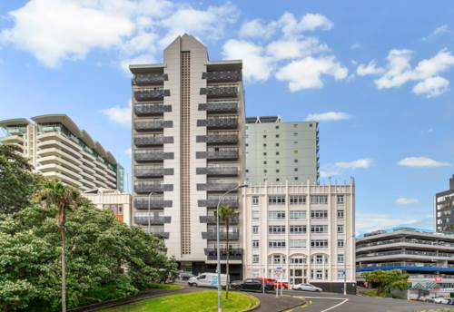 City Centre, Sub-Penthouse Apartment with Stunning Views, Property ID: 15002299 | Barfoot & Thompson