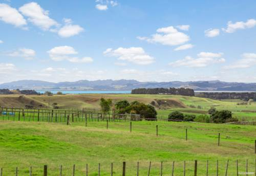 Helensville, FOREVER VIEWS FROM YOUR FOREVER HOME, Property ID: 809820 | Barfoot & Thompson