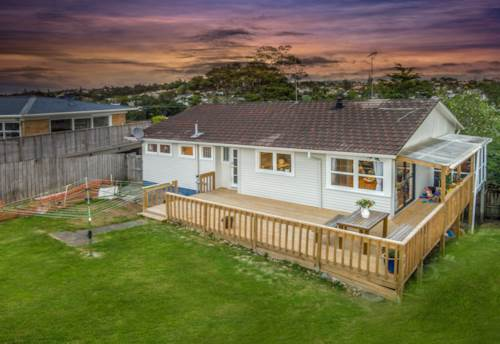 Birkdale, 5 Beds House In Brikdale, Property ID: 15002305 | Barfoot & Thompson