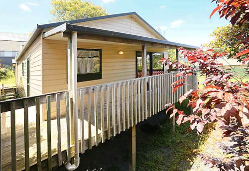 Glen Eden, Quite and Peaceful in a Handy Location , Property ID: 16000854 | Barfoot & Thompson