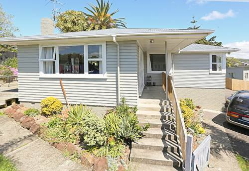 Henderson, Circle this one, Property ID: 16000866 | Barfoot & Thompson