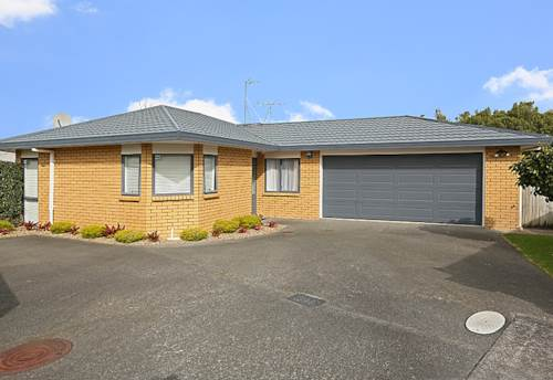 Glendene, Have a win this weekend, Property ID: 16000901 | Barfoot & Thompson