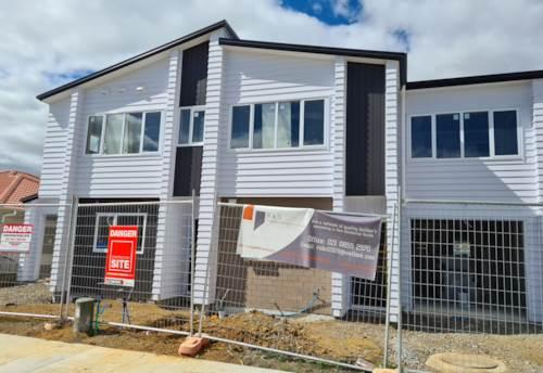 Pukekohe, Modern Living in Terraced Housing, Property ID: 799885 | Barfoot & Thompson