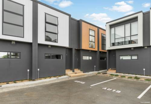 Mangere Bridge, Your Brand New First Home!, Property ID: 810469 | Barfoot & Thompson