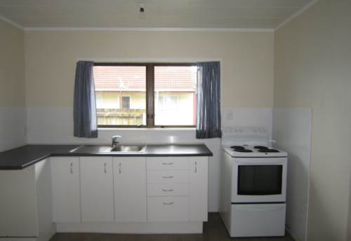 Takanini, MORE THAN SPRING CLEANED, Property ID: 16000943 | Barfoot & Thompson
