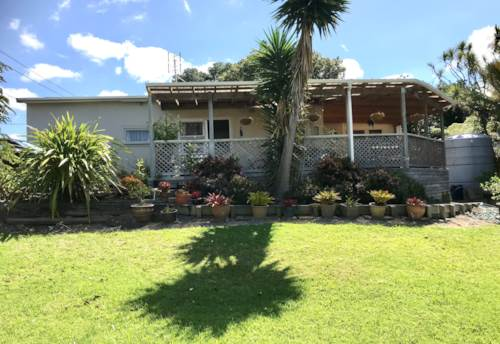 Beachlands, Cosy coastal living, Property ID: 67003532 | Barfoot & Thompson