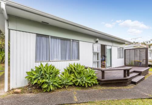 Birkenhead, Central Location, Property ID: 11001228 | Barfoot & Thompson