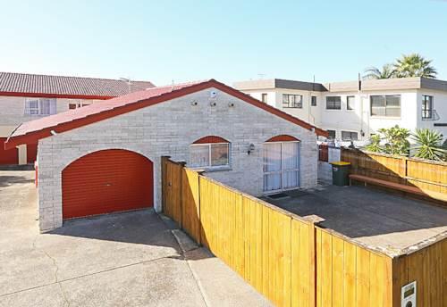 Glendene, COSY LOVE NEST, Property ID: 16001099 | Barfoot & Thompson