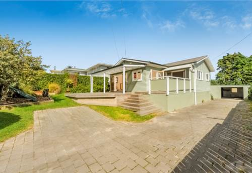 Sunnyvale, CHARACTER FAMILY HOME, Property ID: 16001110 | Barfoot & Thompson