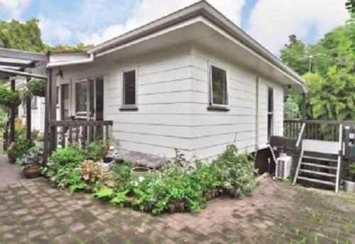 Henderson, Hidden Gem, Property ID: 16001159 | Barfoot & Thompson