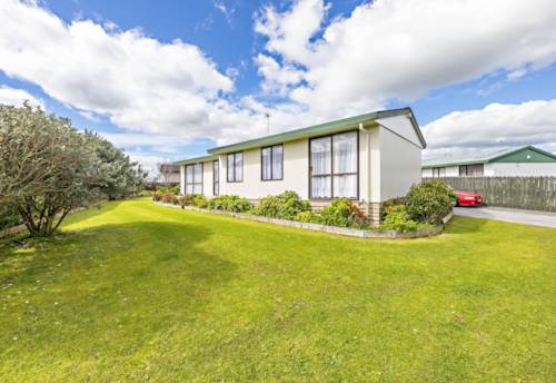 Clendon Park, Space for all the family, Property ID: 16002285 | Barfoot & Thompson