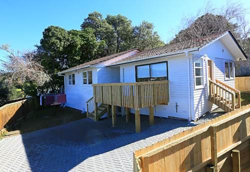 Titirangi, Lovely family home , Property ID: 16002288 | Barfoot & Thompson