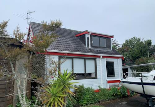 Henderson, Spacious yet cosy, Property ID: 16002300 | Barfoot & Thompson