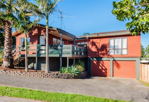 Botany Downs, 3 bedroom home, Property ID: 17001516 | Barfoot & Thompson