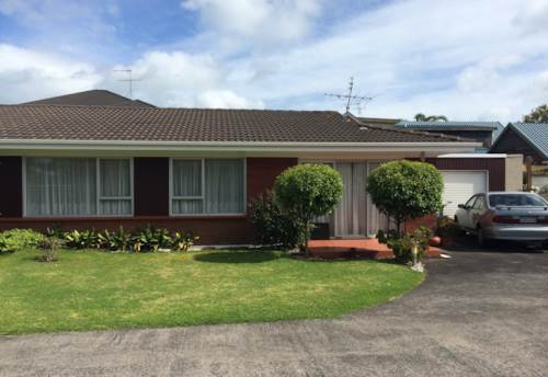 Bucklands Beach, POSITION PERFECT!, Property ID: 17001575 | Barfoot & Thompson