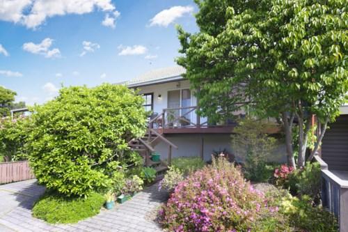 Mt Wellington, Great Location, Property ID: 17001601 | Barfoot & Thompson
