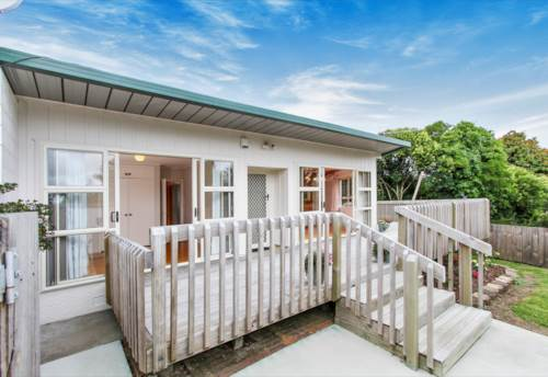 Pakuranga, 2 bedroom home, Property ID: 17001685 | Barfoot & Thompson