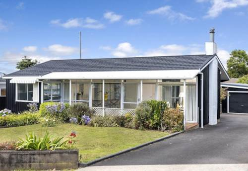 Mellons Bay, POSITION PERECT!, Property ID: 17001697 | Barfoot & Thompson
