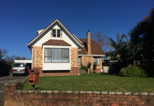 Papatoetoe, Large family home , Property ID: 17001790 | Barfoot & Thompson