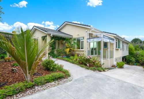 New Lynn, Easy Care Living, Property ID: 810491 | Barfoot & Thompson