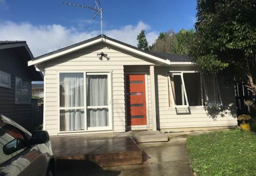 Pakuranga Heights, Lovely 2 bedroom home, Property ID: 17001990 | Barfoot & Thompson