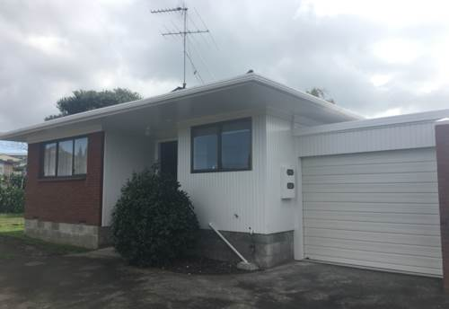 Howick, FULLY RENOVATED!!, Property ID: 17002032 | Barfoot & Thompson