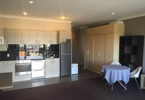 Flat Bush, Lovely Apartment, Property ID: 17002248 | Barfoot & Thompson