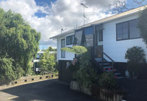 Howick, GREAT LOCATION!, Property ID: 17002408 | Barfoot & Thompson