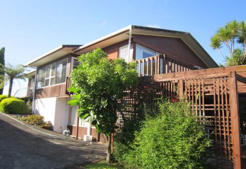 Mairangi Bay, Solid, sunny family home in central location, Property ID: 19000971 | Barfoot & Thompson