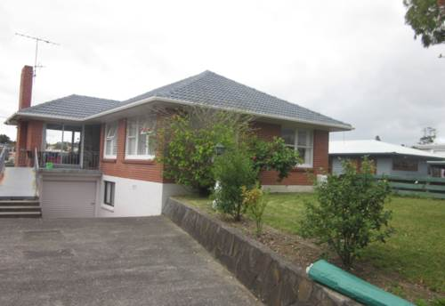 Browns Bay, Walking Distance to Browns Bay School, Property ID: 19001011 | Barfoot & Thompson