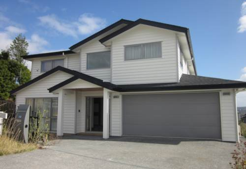 Silverdale, FULLY FURNISHED, HUGE EXECUTIVE HOME, Property ID: 19001069 | Barfoot & Thompson