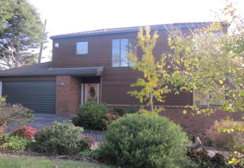 Mairangi Bay, Sunny, cedar townhouse in sought after location, Property ID: 19001084 | Barfoot & Thompson