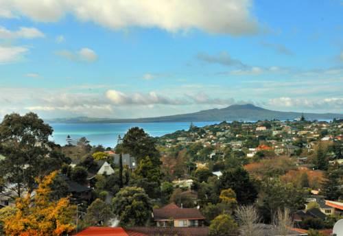 Mairangi Bay, CUTE AND MODERN, Property ID: 19001091 | Barfoot & Thompson
