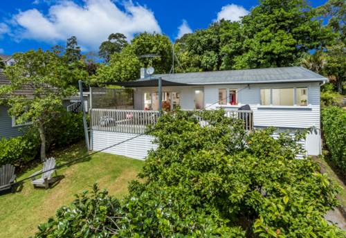 Torbay, Family Home, lots of room for the children to play, Property ID: 19001092 | Barfoot & Thompson