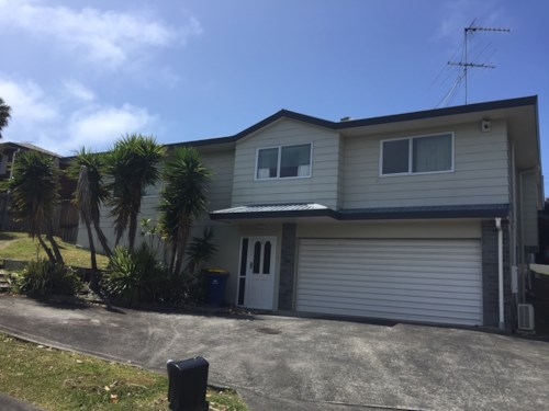 Sunnynook, Spacious living, handy location, sought after schools, Property ID: 19002184 | Barfoot & Thompson