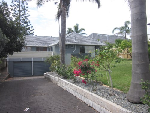 Murrays Bay, Sought after address, expansive seaviews, Property ID: 19002194 | Barfoot & Thompson