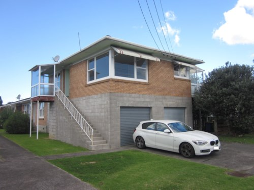 Browns Bay, HEART OF BROWNS BAY, Property ID: 19002200 | Barfoot & Thompson