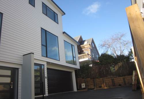 Mairangi Bay, BRAND NEW HOME DESIGNED FOR LIVING, Property ID: 19002213 | Barfoot & Thompson