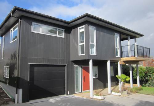Belmont, Gorgeous BRAND NEW townhouse, city views, fantastic location, Property ID: 19002259 | Barfoot & Thompson