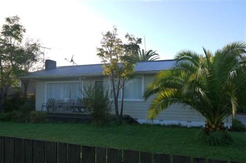 Papakura, Enough Room on Eastburn Street!, Property ID: 20001465 | Barfoot & Thompson