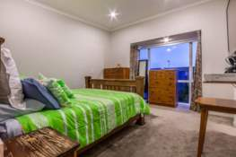 Property located at 21 Hakawai Avenue, Takanini, New Zealand   Barfoot & Thompson