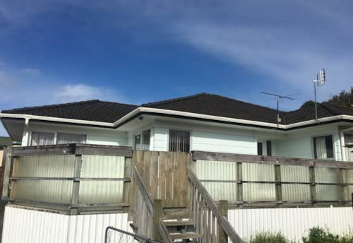 Manurewa, Space Space and more Space !, Property ID: 20002152 | Barfoot & Thompson